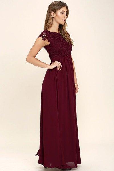 burgundy spets rynkad midiklänning