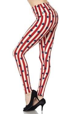 randiga leggings med röda och vita stjärnor och svarta ballerinor