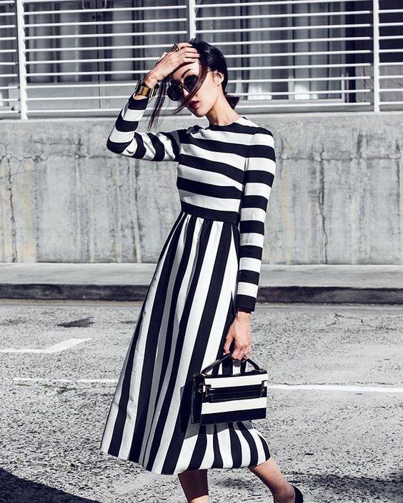 svartvit randig klänning vintage