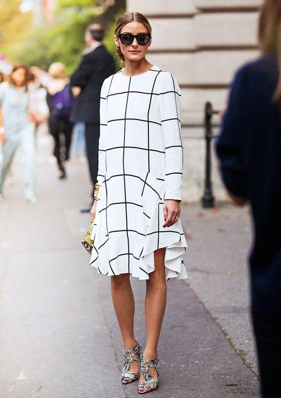 svartvit randig klänning olivia