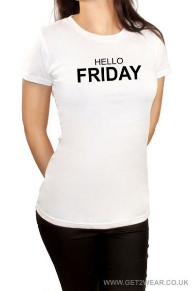 vit grafisk t-shirt med svarta skinny jeans