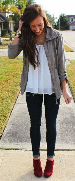 vit chiffong tunika topp jeans outfit