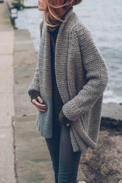 grå stickad tröja kofta