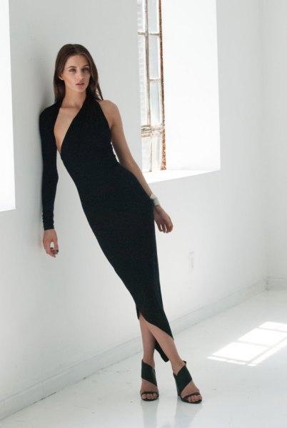 asymmetrisk svart bodycon maxiklänning