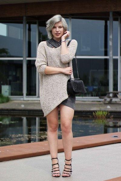 Blushrosa tröja klänning med svarta remmar sandaler