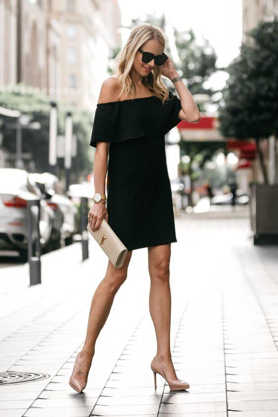 svart axelbandslös klänning casual