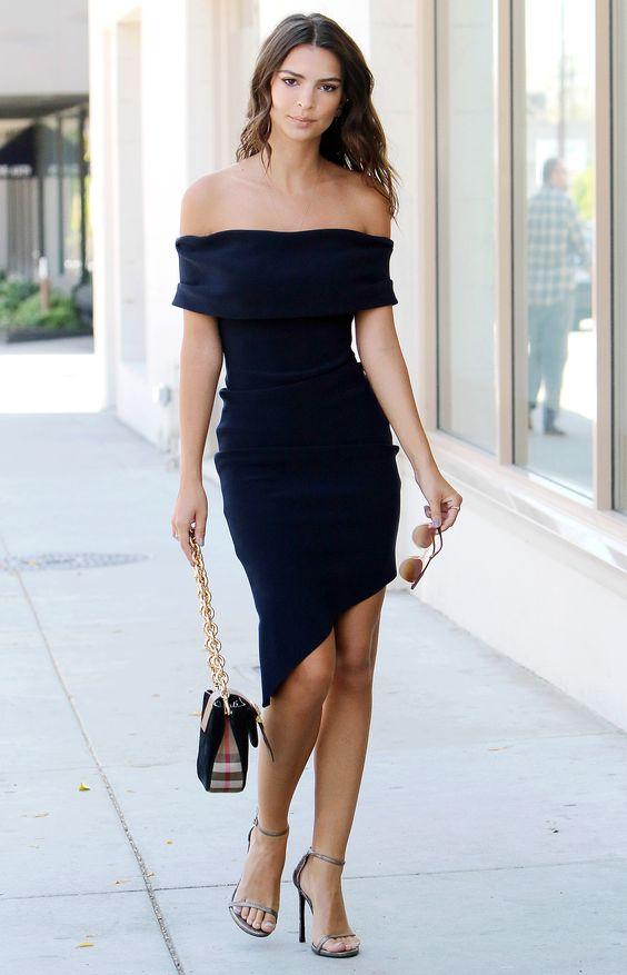 svart axelbandslös klänning avslappnad asymmetrisk