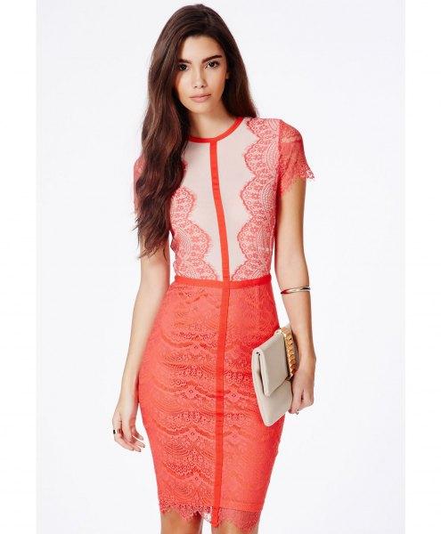 ljusgul och rosa tvåfärgad miniklänning i spets