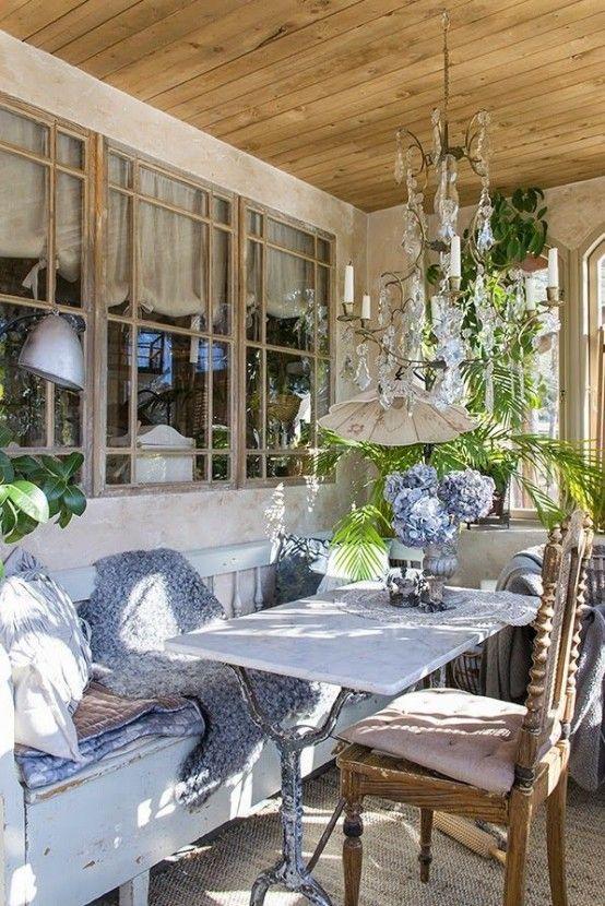 34 Raffinerade Provence-inspirerade terrassdekorationer |  Terrass inredning.