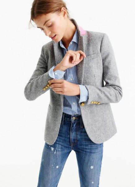blå och vit randig knapp-up skjorta jeans