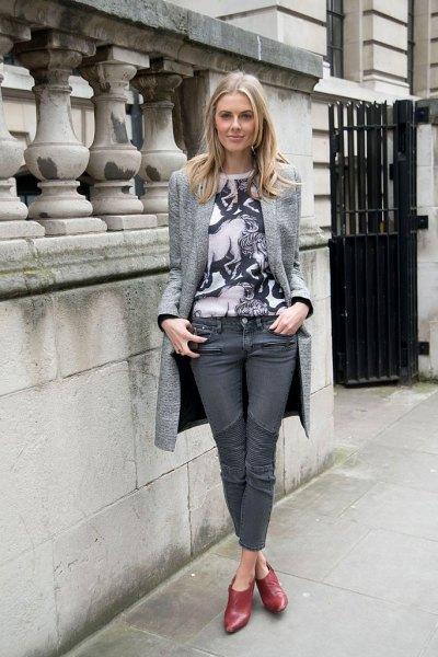 lång blazer-t-shirt grå jeans