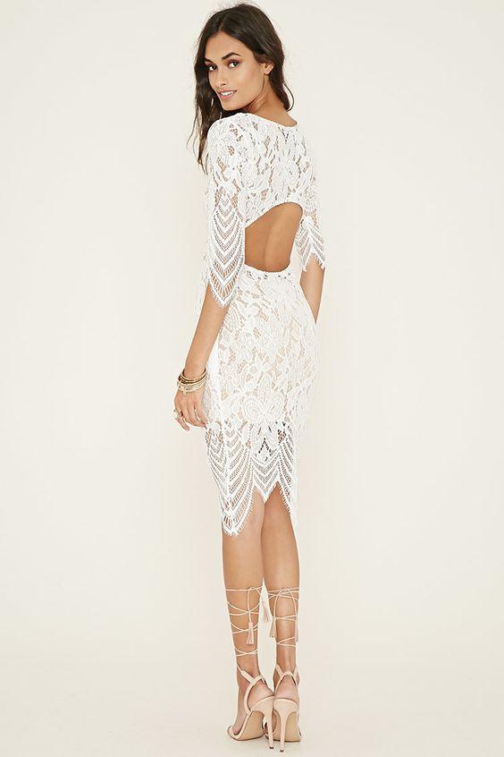 vit klipp klänning öppen på baksidan