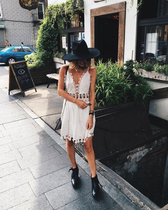 vit utklädd klänning boho