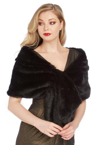 svart faux päls halsduk grå passform och utsvängd miniklänning