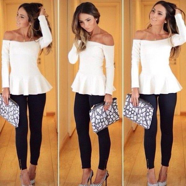 vit, utan axel, elegant tunikablus med svarta skinny jeans