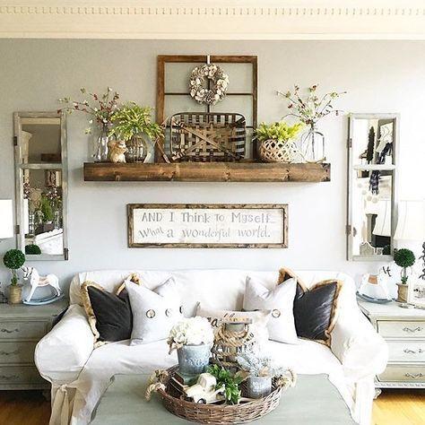 bekväma bondgård vardagsrum design att stjäla.  Hylla över soffan.