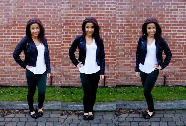 svart skinnjacka med vit linne och slim fit jeans