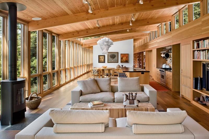 Cedar Wood Clad Cozy Country House av Turnbull Griffin Haesloop.