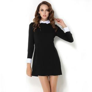 svartvitt långärmad miniklänning med krage