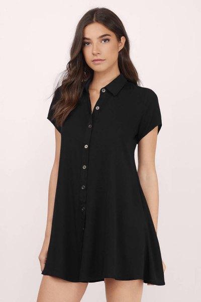 helt svart knappad, lätt utsvängd mini-skjortklänning
