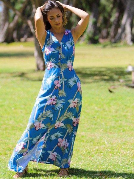 Kungsblå och vit maxiklänning med Hawaii-tryck