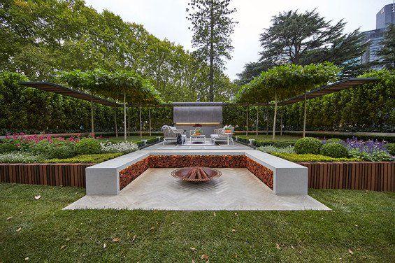 Nathan Burkett Design vinner guldmedalj på Melbourne International.