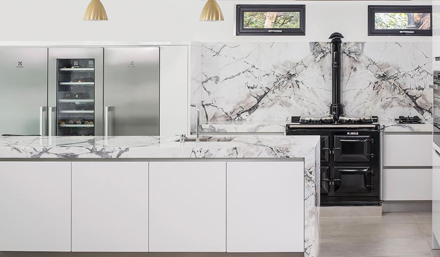 Crisp White Kitchen Desig