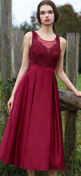 burgundy peplum ruffle penna klänning