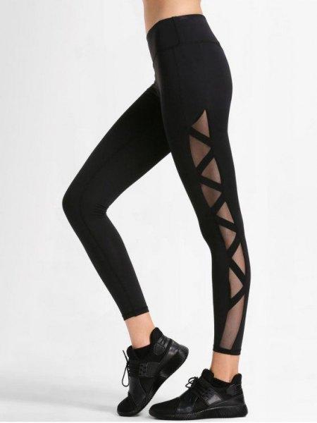svart sport crop topp med tränings leggings i svart mesh