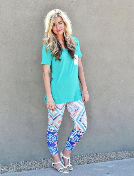 Tiffany t-shirt med blått leggings
