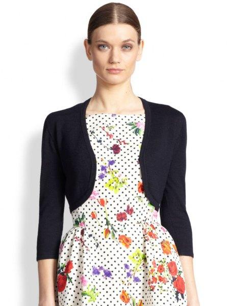 svart bolero jacka vit polka dot blomma skridsko klänning