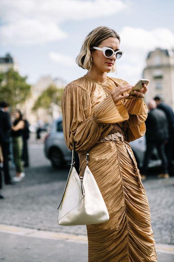 vik gyllene cocktailklänning