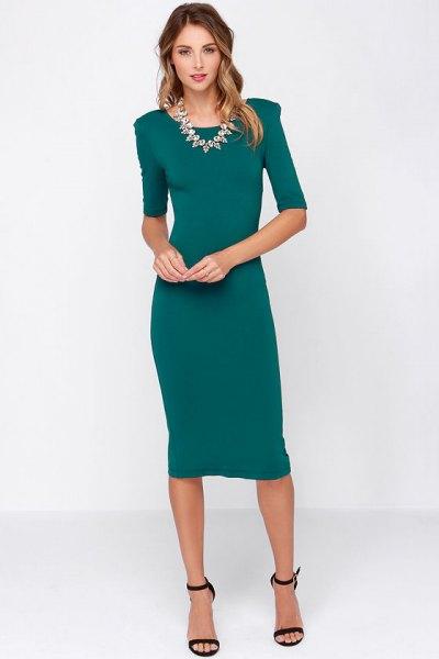 blågrön midiklänning med halva ärmslidan