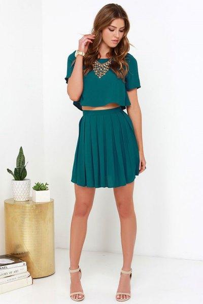 tvådelad klänning crop top veckad minikjol