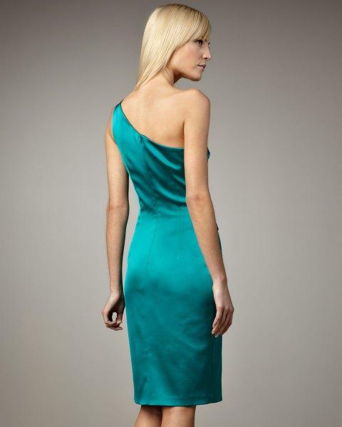 blågrön, axelbandslös, figur-kramande satinklänning