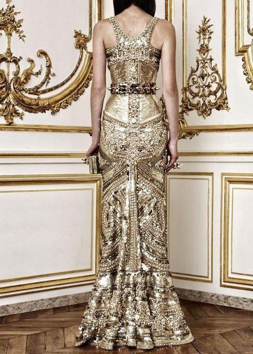 gyllene glittrande klänning broderad