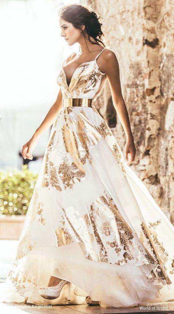 Guld mousserande klänning blommor