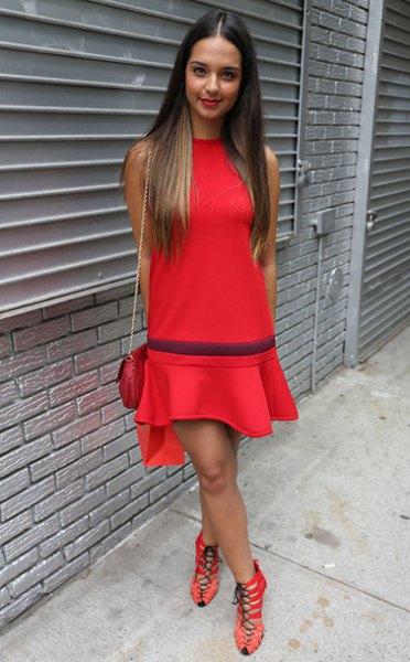 röd ruffle skater klänning strappy klackar