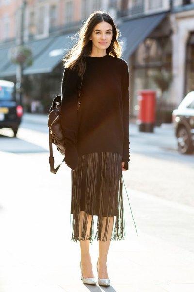 svart maxikantad tröja med knälång kjol