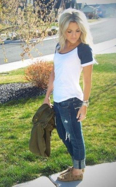 Kortärmad baseball-t-shirt manschettgrå jeans