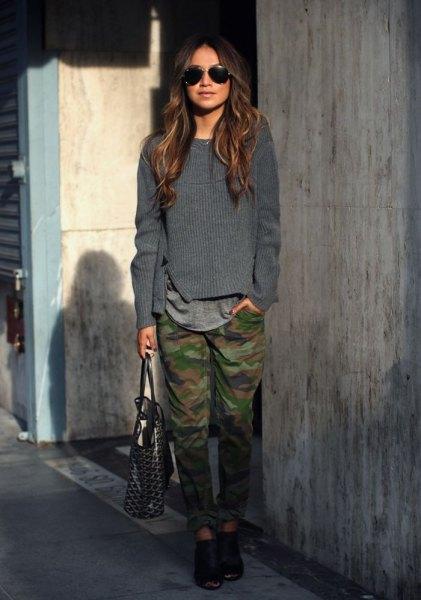 grå stickad tröja Army Pants