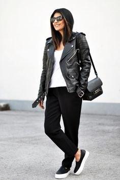 Moto-jacka med slim fit-jeans och svarta läderskor