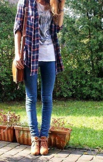 Skinny Jeans Vit tryckt T-shirt Flanell rutig skjorta