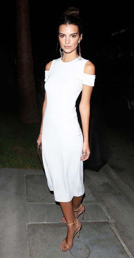vit kall axel klänning elegant