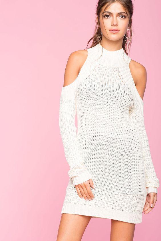 vit kall axel klänning stickad