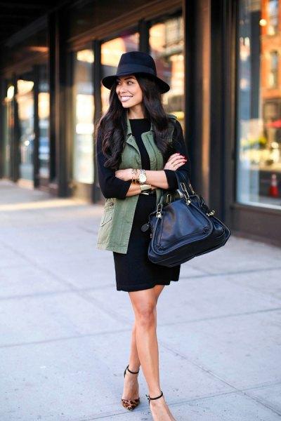 svart långärmad slida kläd filthatt