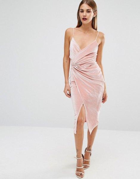 rosa sammet midi low cut wrap klänning