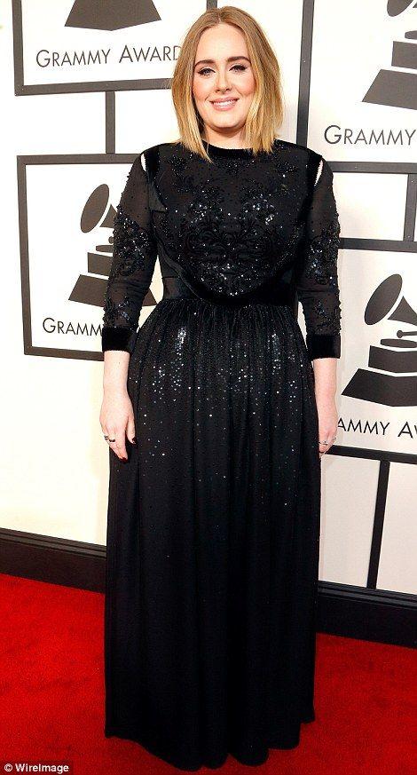 svart glittrande klänning Adele