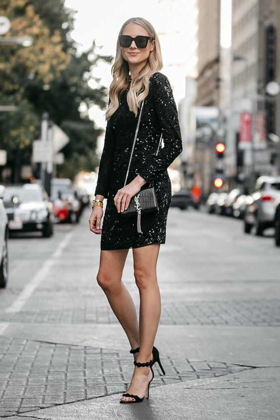 svart glittrande klänning varje dag