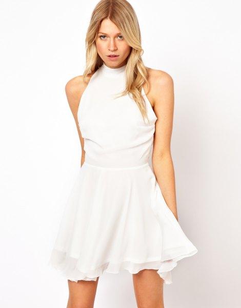 vit mock hals passform och flare mini skater klänning